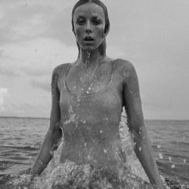 Vogue-Paris-July-2018-Edie-Campbell-Mikael-Jansson-16