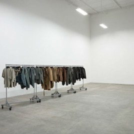 yeezy-studio-kanye-west-willo-perron-calabasas-california_dezeen_2364_col_2-1704x1280