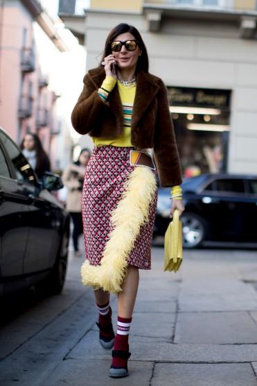 como-usar-casaco-felpudo-ou-de-pelc3bacia-01