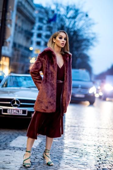 como-usar-casaco-felpudo-ou-de-pelc3bacia-09