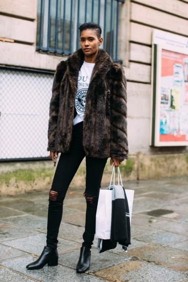 como-usar-casaco-felpudo-ou-de-pelc3bacia-14