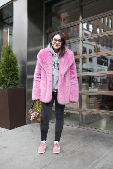 como-usar-casaco-felpudo-ou-de-pelc3bacia-23
