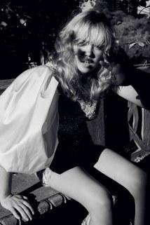 Factice-Magazine-Susanna-Oinonen-Liane-Hurvitz-9 (1)