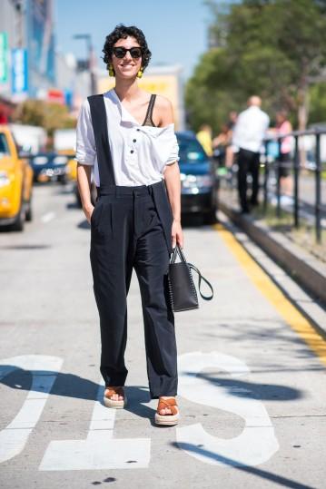 fashion_week_streets_0916_nyfw_ws_day07_163_hr