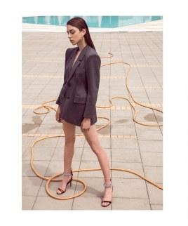 Harpers-Bazaar-Serbia-Dan-Kic-8