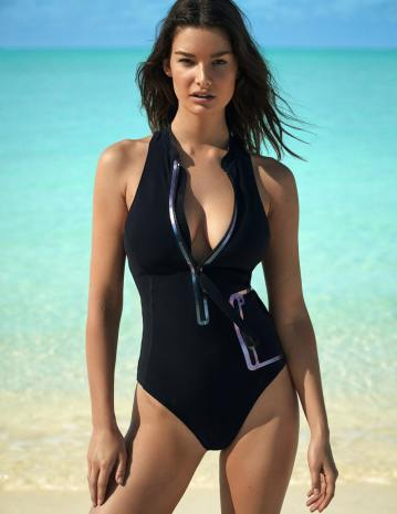 Madame-Figaro-Ophelie-Guillermand-David-Roemer-9