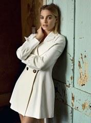 Margot-Robbie-Evening-Standard-Magazine-Max-Papendieck-5