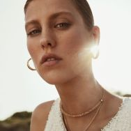 Mujerhoy-Magazine-Rasa-Valentino-Jonathan-Segade-7