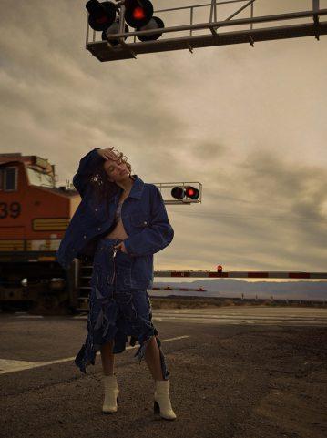 Vogue-Mexico-McKenna-Hellam-Rory-Payne-9