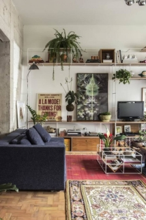 Com múltiplas funções, o sofá-cama Equilíbrio é uma parceria de Lufe com a Toca da Movelaria. Foto: Zeca Wittner