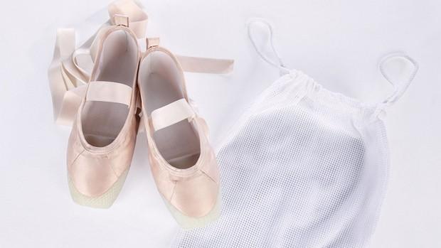 3d-printed-pointe-shoes-hadar-neeman-design_dezeen_2364_hero_0-1704x959