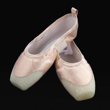 3d-printed-pointe-shoes-hadar-neeman-design_dezeen_2364_sq-1