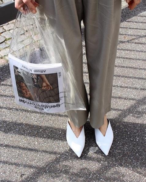 f6a97192b Sacola de plástico da Céline de R$ 3,5 mil está à venda no Brasil – UFW