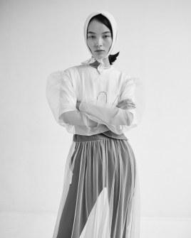 Vogue-Taiwan-September-2018-Ling-Liu-by-Zoltan-Tombor-2
