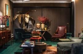 Wesley Lemos decora ambiente para a mostra Modernos Eternos (Foto: Romulo Fialdini)
