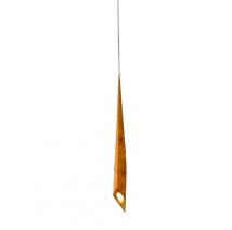 Luminária Empire, feita em madeira maciça, do designer mineiro Leonardo Vanetti, inspirada no icônico arranha-céu nova-iorquino. www.leonardovanetti.com Foto: Leonardo Vanetti