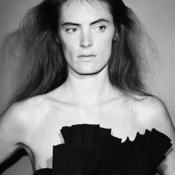 Photographer – David Sims | Stylist – Katy England | Model – Leah De Wavrin