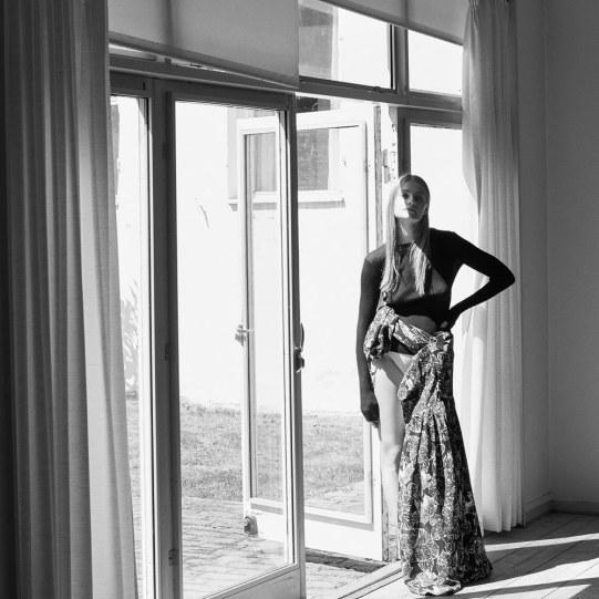 Anna-Jagodzinska-Costume-Magazine-Olivia-Frolich-12
