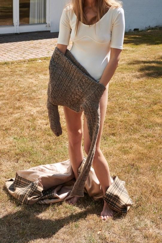 Anna-Jagodzinska-Costume-Magazine-Olivia-Frolich-6