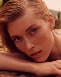Caroline-Lossberg-Vogue-Portugal-Andreas-Ortner-2