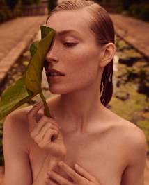 Caroline-Lossberg-Vogue-Portugal-Andreas-Ortner-5