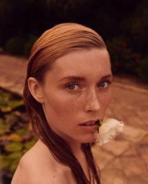 Caroline-Lossberg-Vogue-Portugal-Andreas-Ortner-8