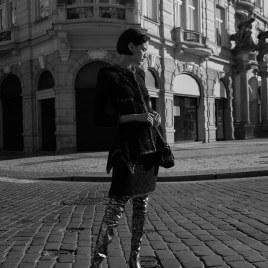 Eloisa-Fontes-Chanel-Special-Harpers-Bazaar-Czech-Andreas-Ortner-8