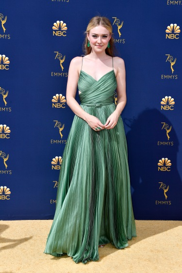 LOS ANGELES, CA - SEPTEMBER 17: Dakota Fanning attends the 70th Emmy Awards at Microsoft Theater on September 17, 2018 in Los Angeles, California. (Photo by Frazer Harrison/Getty Images)