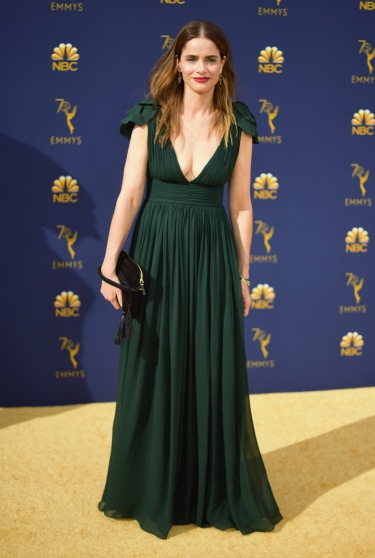 LOS ANGELES, CA - SEPTEMBER 17: Amanda Peet attends the 70th Emmy Awards at Microsoft Theater on September 17, 2018 in Los Angeles, California. (Photo by Matt Winkelmeyer/Getty Images)