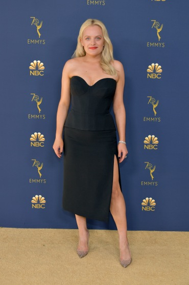 LOS ANGELES, CA - SEPTEMBER 17: Elisabeth Moss attends the 70th Emmy Awards at Microsoft Theater on September 17, 2018 in Los Angeles, California. (Photo by Neilson Barnard/Getty Images)