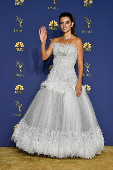 LOS ANGELES, CA - SEPTEMBER 17: Outstanding Limited Series winner Penelope Cruz poses in the press room during the 70th Emmy Awards at Microsoft Theater on September 17, 2018 in Los Angeles, California. (Photo by Frazer Harrison/Getty Images)