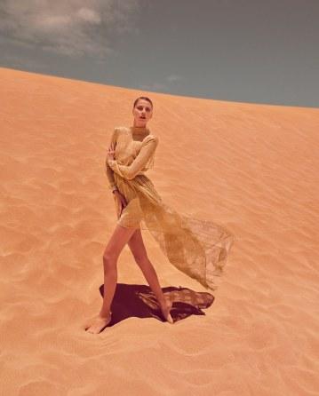 Hana-Soukupova-How-To-Spend-It-Magazine-Luis-Monteiro-6