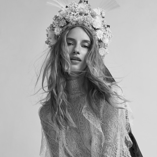 Harpers-Bazaar-Czech-October-2018-Linda-Vojtova-Andreas-Ortner-6