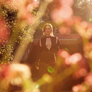 Julianne-Moore-Porter-Magazine-Camilla-Akrans-4