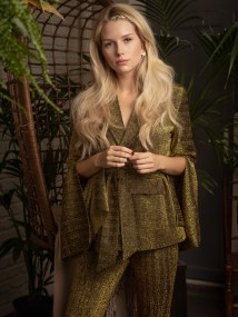 Lottie-Moss-ELLE-Bulgaria-October-2018-Anna-Zesiger-8