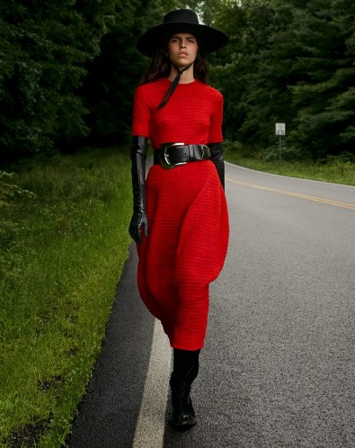 Louis-Christopher-Vogue-Arabia-September-Hayett-McCarthy-5