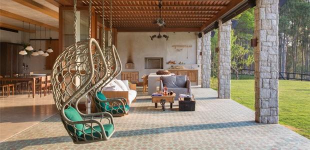 uma_casa_de_fazenda_moderna_para_uma_jovem_familia_no_interior_paulista