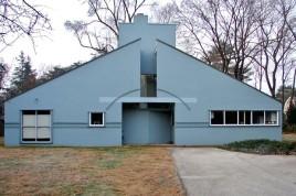 Vanna Venturi House, casa projetada para a mãe do arquiteto nos anos 1950