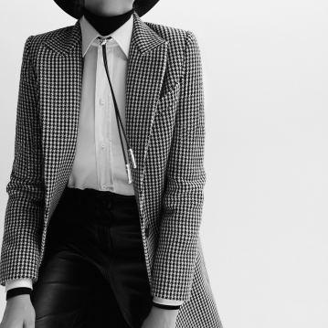 Alexandra-Elizabeth-Ljadov-for-SCMP-Style-by-Ricardo-Beas-1