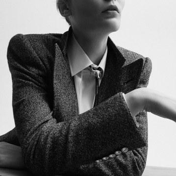Alexandra-Elizabeth-Ljadov-for-SCMP-Style-by-Ricardo-Beas-5