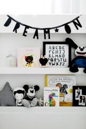 decoracao-quarto-de-bebe-preto-e-branco-006