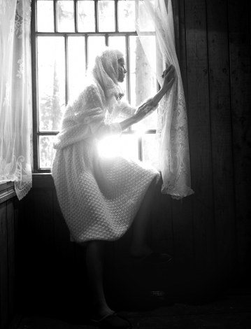Irina-Kravchenko-for-Lurve-Magazine-by-Stephan-Lisowski-5