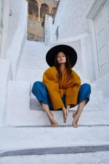 Lily-Aldridge-Harpers-Bazaar-Greece-October-Yulia-Gorbachenko-2