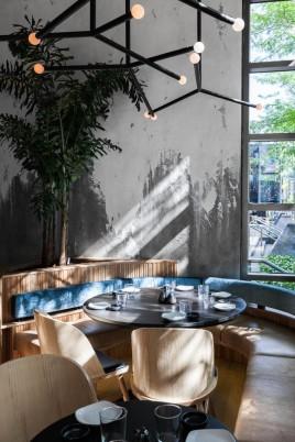 restaurante_japones_em_montreal_aposta_no_uso_de_materiais_naturais_12