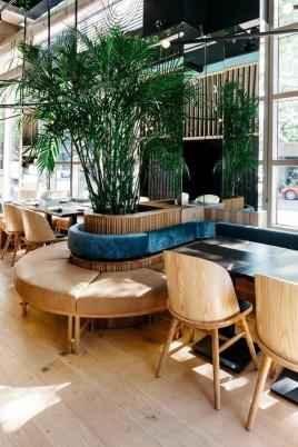 restaurante_japones_em_montreal_aposta_no_uso_de_materiais_naturais_3