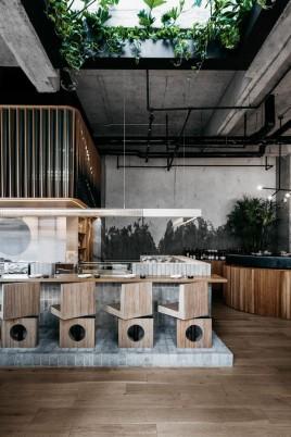 restaurante_japones_em_montreal_aposta_no_uso_de_materiais_naturais_5