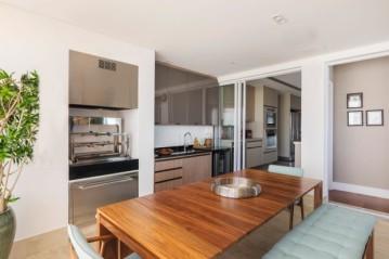 A varanda gourmet e a cozinha ganharam mobiliário BONTEMPO