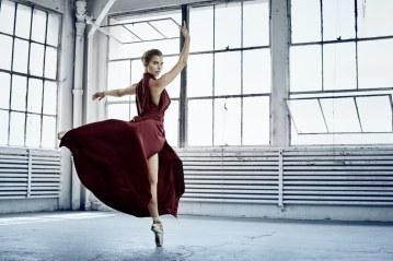 Violetta-Komyshan-for-The-Sunday-Times-Style-by-Ungano-Agriodimas-4