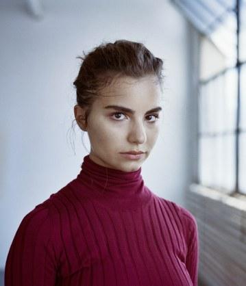 Violetta-Komyshan-for-The-Sunday-Times-Style-by-Ungano-Agriodimas-6
