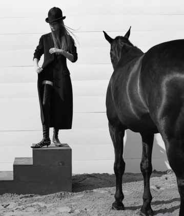 WSJ-Magazine-Equestrian-Inspired-Looks-Jump-to-the-Fore-This-Fall-1-2-870x1024
